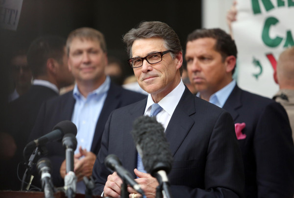 Campaign Donations Report a Mixed Bag for Perry