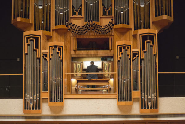 Pump Those Pipes at the Annual Organists Convention