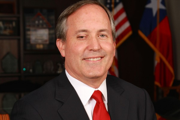 Did Texas Attorney General Ken Paxton Commit Fraud?