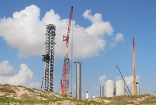 SpaceX Prepares To Launch Largest Rocket Ever Despite Ongoing FAA Review